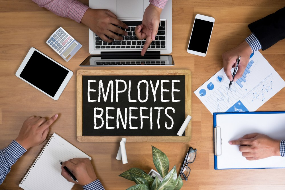 Employees trivial benefits